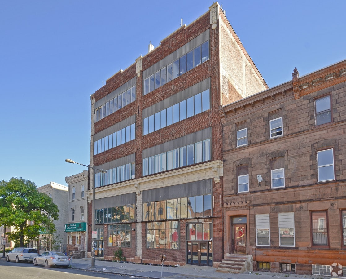 Commercial Building Owner Receives Insurance Coverage